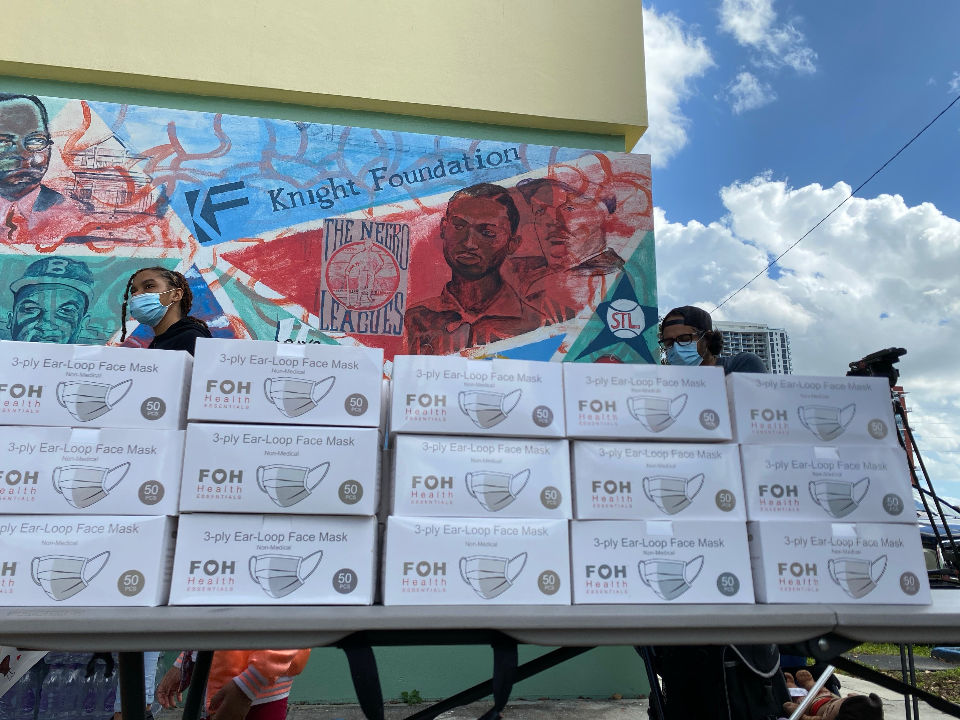 FOH® Teams Up With Local Businesses to Provide Turkeys & PPE to Over 800 for Thanksgiving